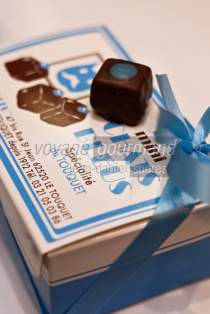 Europe/France/Nord-Pas-de-Calais/Pas-de-Calais/62/Le Touquet: Mini Chats Bleus -  Chocolats du Chocolatier: Le Chat Bleu //  France, Pas de Calais, Le Touquet, Mini Cats Blues, Chocolates Chocolatier, The Blue Cat