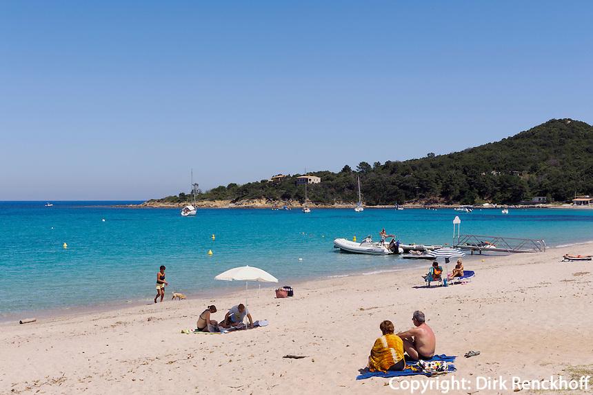 Strand in der Bucht von Favone, Korsika, Frankreich