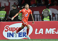 CALI - COLOMBIA, 19-10-2019: Duvan Vergara del América celebra después de anotar el segundo gol de su equipo partido por la fecha 18 de la Liga Águila II 2019 entre América de Cali y Atlético Nacional jugado en el estadio Pascual Guerrero de la ciudad de Cali. / Duvan Vergara of America celebrates after scoring the second goal of his team during match for the date 18 as part of Aguila League II 2019 between America de Cali and Atletico Nacional played at Pascual Guerrero stadium in Cali. Photo: VizzorImage / Gabriel Aponte / Staff