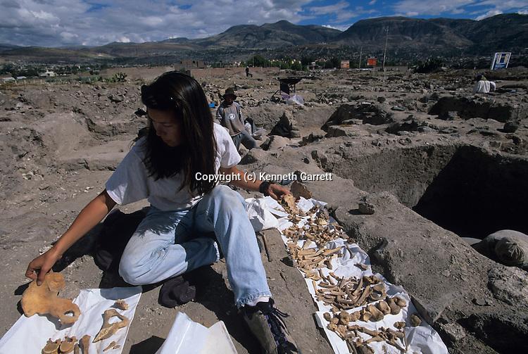 Ayacucho, Burial opening, Tiffany Tung, Physical Anthropologist, Wari, Huari, Empires of the Sun, Peru