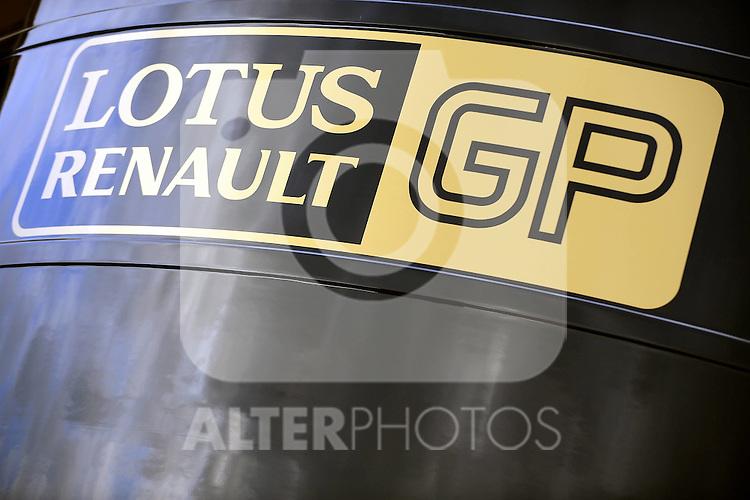 31.01.2011, Street Circuit. Jerez, ESP, Formel 1 Test 1 Valencia 2011,  im Bild  Lotus Renault GP Foto: nph / Dieter Mathis
