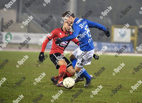 2017-02-11 / Voetbal / Seizoen 2016-2017 / FC Turnhout - Helson / Ziriouhi met Joachim Machielsen (r. Turnhout)<br /> <br /> ,Foto: Mpics.be