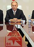 FUDBAL, BEOGRAD, 22. Dec. 2012. - Dragan Dzajic na sednici Upravnog odbora Crvene zvezde. Sednica skupstine Crvene zvezde na kojoj je izabrano novo rukovodstvo na celu sa Draganom Dzajicem.  Foto: Nenad Negovanovic