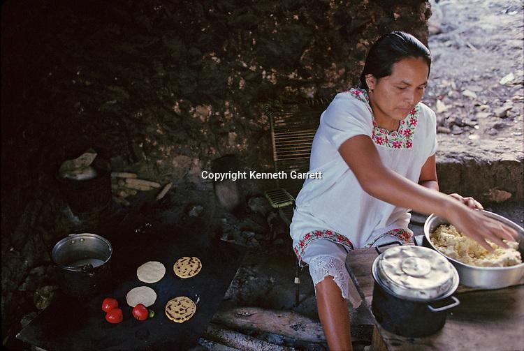 Daily life, Modern Maya, Cooking, Yucatan , Mexico