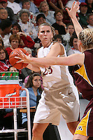 STANFORD, CA - NOVEMBER 14:  Jeanette Pohlen of the Stanford Cardinal during Stanford's 68-55 win over the Minnesota Golden Gophers on November 14, 2008 in Stanford, California.