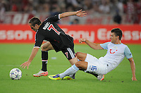 FUSSBALL   CHAMPIONS LEAGUE   SAISON 2011/2012  Qualifikation  23.08.2011 FC Zuerich - FC Bayern Muenchen Franck Ribery (li, FC Bayern Muenchen) gegen Philippe Koch (FC Zuerich)