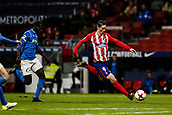 9th January 2018, Wanda Metropolitano, Madrid, Spain; Copa del Rey football, round of 16, second leg, Atletico Madrid versus Lleida; Fernando Torres (Atletico de Madrid) gets into a shooting position