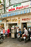 VIETNAM, Saigon, restaurant Pho Hoa aka Pho Hoa Pasteur, a street view of the entrance at lunchtime, Ho Chi Minh City