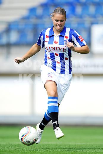 HEERENVEEN - Persdag Heerenveen Erdivisie vrouwen , seizoen 2011-2012, 07-07-2011 Sherida Spitse