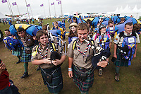 Scottish scouts blowing bagpipes when arriving to the World Scout Jamboree. Photo: Magnus Fröderberg/Scouterna