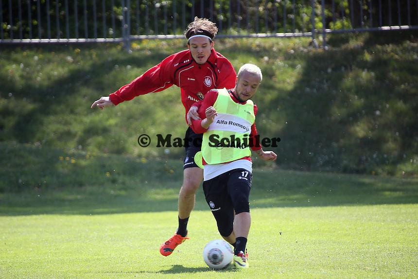 Alex Meier gegen Stephan Schröcke (Eintracht) - Eintracht Frankfurt Training, Commerzbank Arena