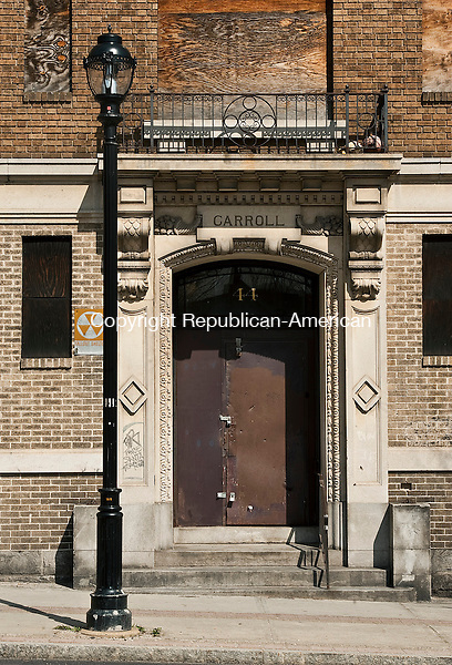 WATERBURY, CT-0425014JS13- The doorway of the Carroll building located at 44 Willow Street in Waterbury. <br /> Jim Shannon Republican-American