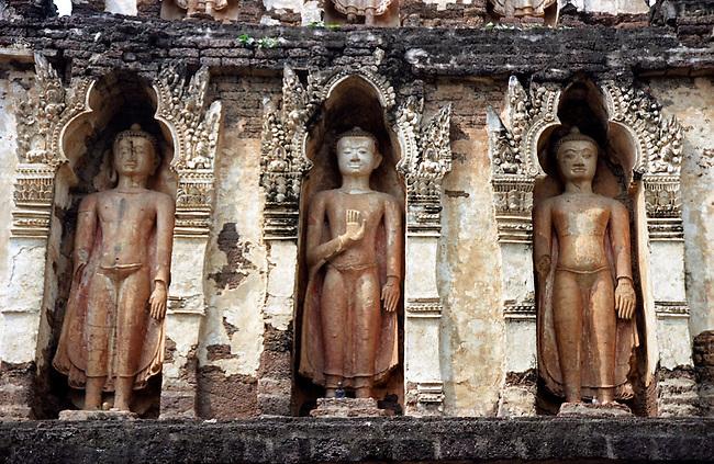 Standing Buddha Chiang Saen