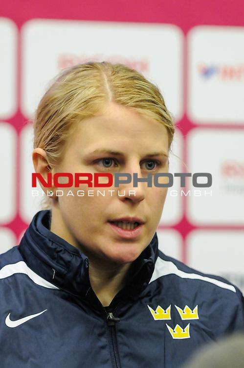 31.03.2015, Malm&ouml; Ishall, Malm&ouml; , SWE, IIHF Eishockey Frauen WM 2015, Deutschland (GER) vs Schweden SWE), im Bild, Interview mit Jenni ASSERHOLT (#4, SWE)<br /> <br /> ***** Attention nur f&uuml;r redaktionelle Berichterstattung *****<br /> <br /> Foto &copy; nordphoto / Hafner