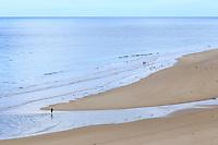 France, Manche (50), Cotentin, Barneville-Carteret, le cap de Carteret et la plage de la Vieille Église