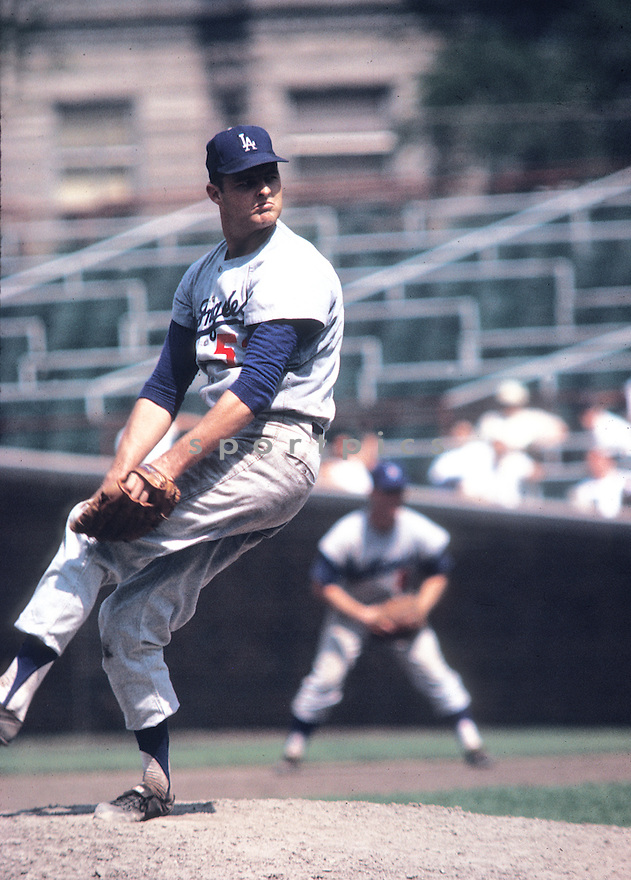 Los Angeles Dodgers Don Drysdale (53) in action during a game from the 1963 season against the Chicago Cubs at Wrigley Field in Chicago, Illinois. Don Drysdale played all 14 years with the Dodgers and was inducted to the Baseball Hall of Fame in 1984.