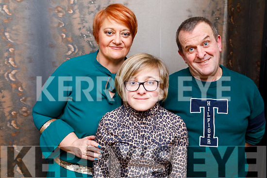 Saoirse Kerins from Tralee celebrating her 15th birthday in Croi on Friday.<br /> L to r: Helen, Saoirse and John Kerins.