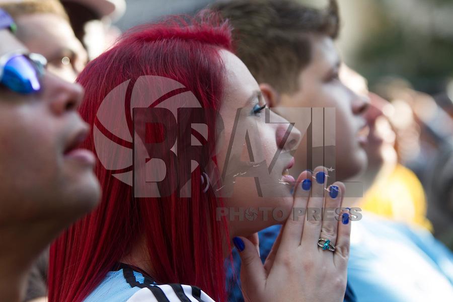 SAO PAULO, SP, 13.07.2014 - MOVIMENTAÇÃO - FAN FEST -ANHANGABAÚ - Movimentação des torcedores na FAN FEST região central de São Paulo, neste domingo (13). (Foto: Marcelo Brammer / Brazil Photo Press).