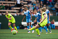 Seattle, WA - Sunday, May 22, 2016: Seattle Reign FC midfielder Kim Little (8) scores on a penalty kick in the 89 minute during a regular season National Women's Soccer League (NWSL) match at Memorial Stadium.