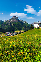 Austria, Vorarlberg, Lech: popular ski- and hiking region at Lechtaler Alps with Omeshorn mountain (2.560 m) | Oesterreich, Vorarlberg, Lech: beliebte Wander- und Skiregion in den Lechtaler Alpen vor Omeshorn (2.560 m)