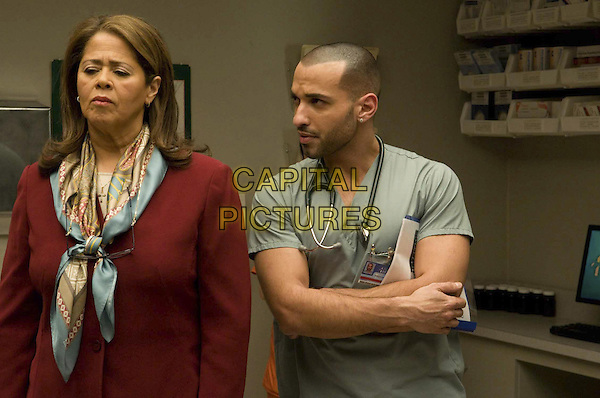 ANNA DEAVERE SMITH & HAAZ SLEIMAN.in Nurse Jackie (Season 1).*Filmstill - Editorial Use Only*.CAP/FB.Supplied by Capital Pictures.