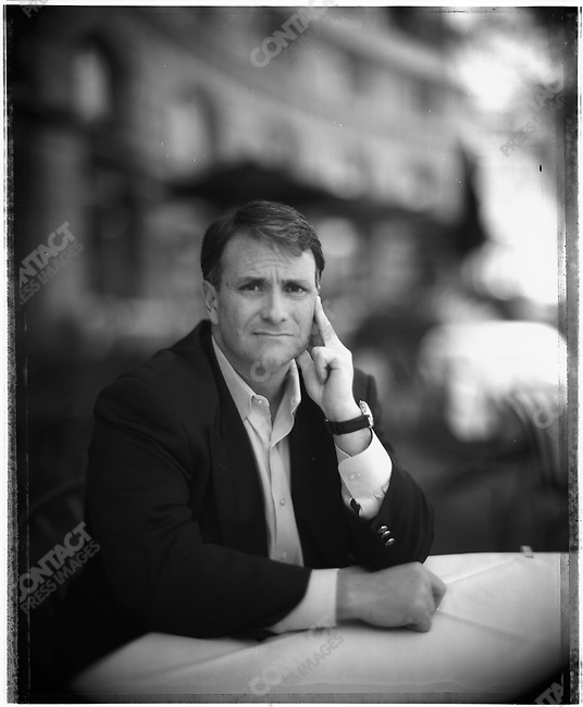 Washington lawyer and restauranteur Jack Abramoff at his Signatures restaurant in downtown Washington DC, April 15, 2005...2005 © David BURNETT (CONTACT PRESS IMAGES)