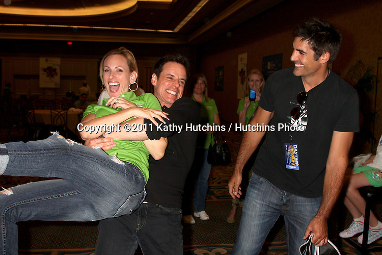 LAS VEGAS - JUN 18:  Christian LeBlanc, Marlee Matlin, Galen Gering  at the Starkey Foundation Event giving hearing aids to children who can't afford them in association with Children's Miracle Network and the Daytime Emmys at Hilton Hotel on June 18, 2010 in Las Vegas, NV.
