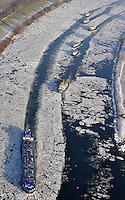 Eisgang: EUROPA, DEUTSCHLAND, SCHLESWIG- HOLSTEIN, NIEDERSACHSEN(EUROPE, GERMANY), 08.01.2009: Binnenschiff und Eisbrecher auf der Elbe,  Eisschollen auf der Elbe bei Geesthacht, rund, bizarre Form, Deutschland, Schleswig, Holstein, Behinderung, Eis, Fahrrinne, Winter, kalt, Kaelte, vereister, Fluss, Natur, vereist, vereiste, eisig, Elbe, Wasser, gefroren, frieren, Eisscholle, Eisschollen, Scholle, Schollen, Wetter, zugefroren, Form, Luftbild, Luftansicht, Luftaufnahme .c o p y r i g h t : A U F W I N D - L U F T B I L D E R . de.G e r t r u d - B a e u m e r - S t i e g 1 0 2, .2 1 0 3 5 H a m b u r g , G e r m a n y.P h o n e + 4 9 (0) 1 7 1 - 6 8 6 6 0 6 9 .E m a i l H w e i 1 @ a o l . c o m.w w w . a u f w i n d - l u f t b i l d e r . d e.K o n t o : P o s t b a n k H a m b u r g .B l z : 2 0 0 1 0 0 2 0 .K o n t o : 5 8 3 6 5 7 2 0 9.V e r o e f f e n t l i c h u n g  n u r  m i t  H o n o r a r  n a c h M F M, N a m e n s n e n n u n g  u n d B e l e g e x e m p l a r !.