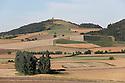 16/09/12 - LIMAGNE - PUY DE DOME - FRANCE - Plaine cerealiere de la Limagne - Photo Jerome CHABANNE