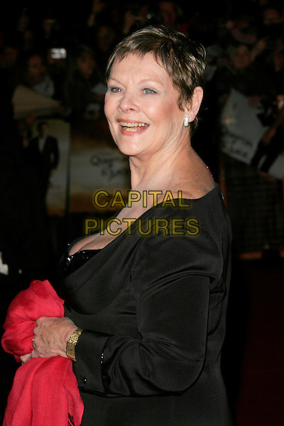 "DAME JUDI DENCH.The Royal World Premiere of ""Quantum Of Solace"" at the Odeon Leicester Square, London, England..October 29th 2008.James Bond half length black dress .CAP/AH.©Adam Houghton/Capital Pictures."