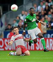 FUSSBALL   1. BUNDESLIGA   SAISON 2012/2013   4. SPIELTAG SV Werder Bremen - VfB Stuttgart                         23.09.2012        William Kvist (li, VfB Stuttgart)  gegen Eljero Elia (re, SV Werder Bremen)