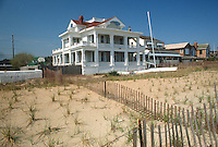 1989 April 18..Conservation.West Ocean View...450 WEST OCEANVIEW AVENUE...NEG#.NRHA#..