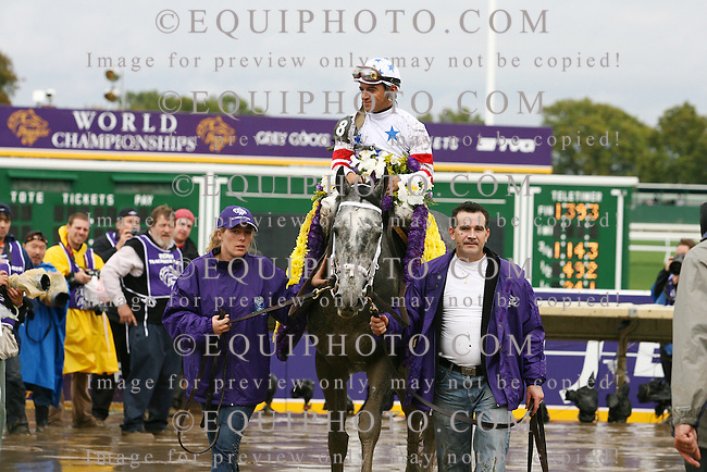 Kip Deville #8 with Cornelio Velasquez won The $2,000,000 Netjets Breeders' Cup Mile Grade I at Monmouth Park in Oceanport, N.J. on October 27, 2007.   Photo By EQUI-PHOTO.