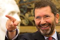 20150728 ROMA-POLITICA: MARINO PRESENTA LA NUOVA GIUNTA