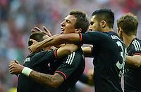 FUSSBALL   1. BUNDESLIGA   SAISON 2012/2013   SUPERCUP FC Bayern Muenchen - Borussia Dortmund            12.08.2012 Franck Ribery mit Mario Mandzukic, Emre Can    (v, li. FC Bayern Muenchen)