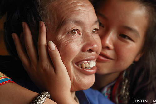 Ms Wu kisses her mother goodbye before going to university in the provincial capital.