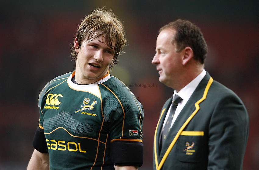 Photo: Richard Lane/Richard Lane Photography..Wales v South Africa. Prince William Cup. 24/11/2007. .South Africa's Francois Steyn (lt) with coach, Jake White.