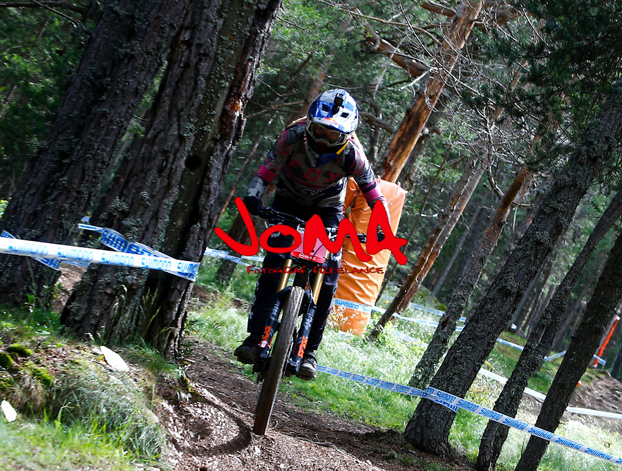 Tahnee Seagrave (GBR)Downhill training sesion, UCI, Moutain Bike World Cup , Vallnord Andorra. 12/07/2018