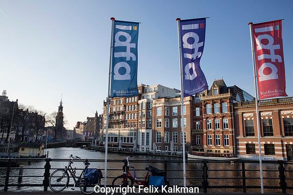 Amsterdam, 22 november 2017<br /> IDFA 2017 International Documentary Filmfestival Amsterdam<br /> Amstel river with banners<br /> Photo Felix Kalkman