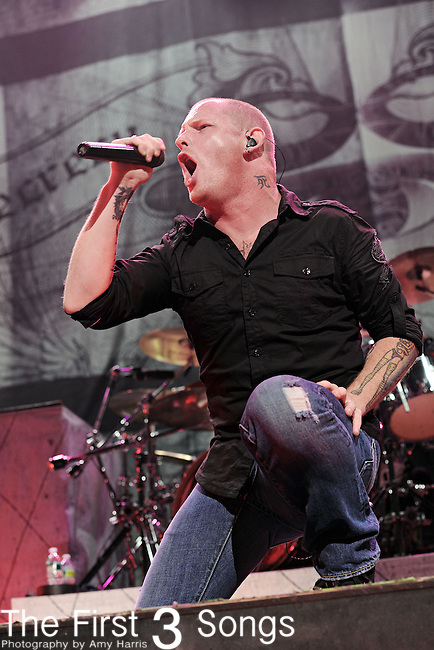 Singer Corey Taylor of Stone Sour performs at The Uproar Festival at Nationwide Arena in Columbus, OH on August 24, 2010.