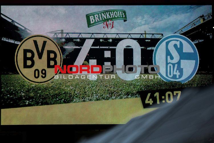 25.02.2017, Signal Iduna Park, Dortmund, GER, 1.FBL, Borussia Dortmund vs FC Schalke 04, <br /> <br /> im Bild | picture shows<br /> Anzeigetafel nach der ersten Halbzeit, <br /> <br /> Foto &copy; nordphoto / Rauch