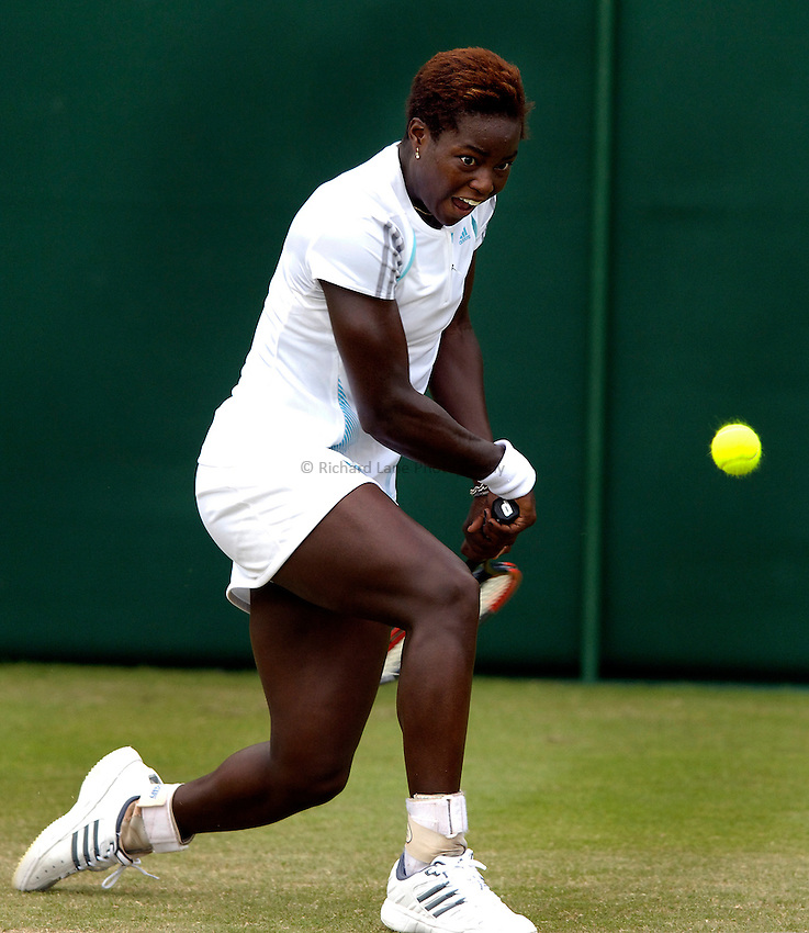 Photo: Simon de Trey-White..Wimbledon Championships. 27/06/06..Jamea Jackson of USA.