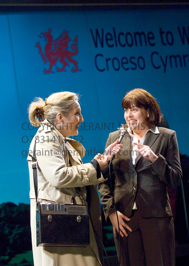 Two Princes with Sian Howard,Rachel Isaac, at Theatr Clwyd Cymru .Directed by Phillip Breen  Opens  on 6/11/07. CREDIT Geraint Lewis