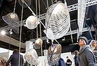 Nederland Eindhoven 2015.  Dutch Design Week. 9 dagen lang presenteert DDW op 100 locaties processen, experimenten en ideeën, antwoorden en oplossingen van 2400 designers. Cabs Design.  Expositie in het Klokgebouw