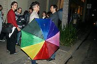 ATEN&Ccedil;&Atilde;O EDITOR: FOTO EMBARGADA PARA VE&Iacute;CULOS INTERNACIONAIS. - SAO PAULO, SP, 22 DE SETEMBRO 2012 - Manifestantes LGBT protestam contra apoio de empres&aacute;rio a Russomanno - Coletivo realizou ato hoje (22) &agrave; noite em frente &agrave; casa noturna gay The Society, que na semana passada sediou evento a favor do candidato do PRB, que contou at&eacute; com a presen&ccedil;a de pastor l&iacute;der da Igreja Universal.<br /> (FOTO: PADUARDO / BRAZIL PHOTO PRESS).