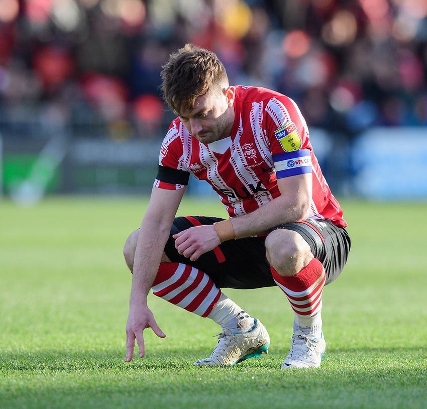 Lincoln City's Lee Frecklington<br /> <br /> Photographer Chris Vaughan/CameraSport<br /> <br /> The EFL Sky Bet League Two - Lincoln City v Northampton Town - Saturday 9th February 2019 - Sincil Bank - Lincoln<br /> <br /> World Copyright © 2019 CameraSport. All rights reserved. 43 Linden Ave. Countesthorpe. Leicester. England. LE8 5PG - Tel: +44 (0) 116 277 4147 - admin@camerasport.com - www.camerasport.com