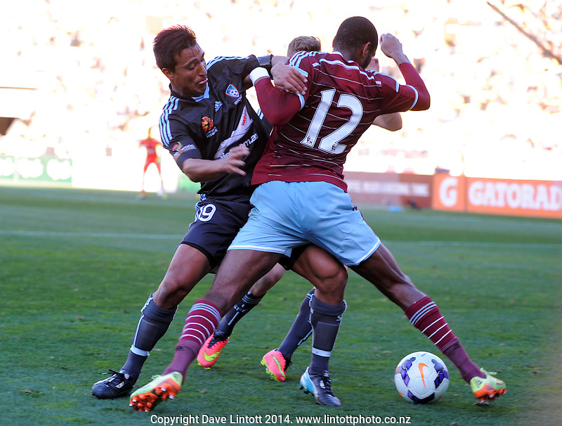 Nick Carle tries to get the ball of West Ham's Ricardo Vaz Te during the Football United Tour match between Sydney FC and West Ham United at Westpac Stadium, Wellington, New Zealand on Saturday, 26 July 2014. Photo: Dave Lintott / lintottphoto.co.nz