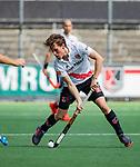 AMSTELVEEN  -  Tijn Lissone (Adam)  Hoofdklasse hockey dames ,competitie, heren, Amsterdam-Pinoke (3-2)  . COPYRIGHT KOEN SUYK