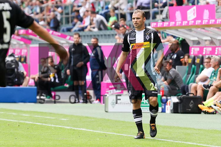 Gladbachs Tony Jantschke (Nr.24)  beim Telecom Cup 2017 Borussia Moenchengladbach - SV Werder Bremen.<br /> <br /> Foto &copy; PIX-Sportfotos *** Foto ist honorarpflichtig! *** Auf Anfrage in hoeherer Qualitaet/Aufloesung. Belegexemplar erbeten. Veroeffentlichung ausschliesslich fuer journalistisch-publizistische Zwecke. For editorial use only.