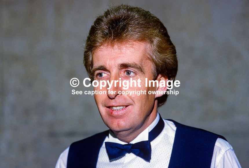 Terry Griffiths, Wales, professional snooker player, Irish Masters, Goffs, Rep of Ireland, 198503000034e..Copyright Image from Victor Patterson, 54 Dorchester Park, Belfast, UK, BT9 6RJ..Tel: +44 28 9066 1296.Mob: +44 7802 353836.Voicemail +44 20 8816 7153.Skype: victorpattersonbelfast.Email: victorpatterson@mac.com.Email: victorpatterson@ireland.com (back-up)..IMPORTANT: If you wish to use this image or any other of my images please go to www.victorpatterson.com and click on the Terms & Conditions. Then contact me by email or phone with the reference number(s) of the image(s) concerned.